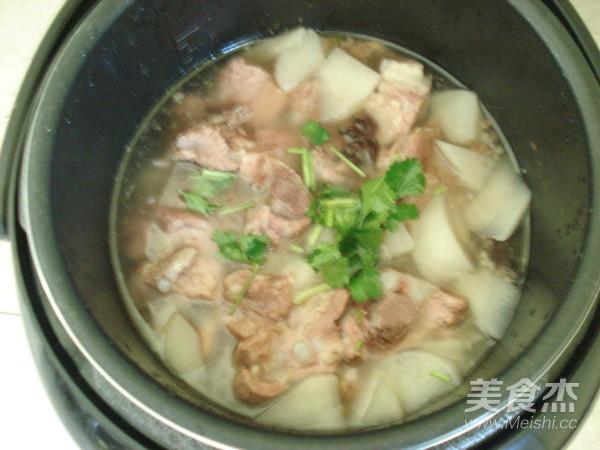 白萝卜排骨汤怎么煮