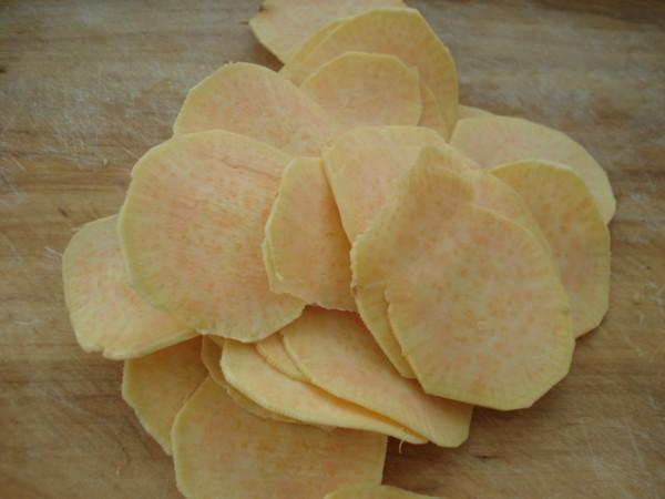 炸红薯片的家常做法