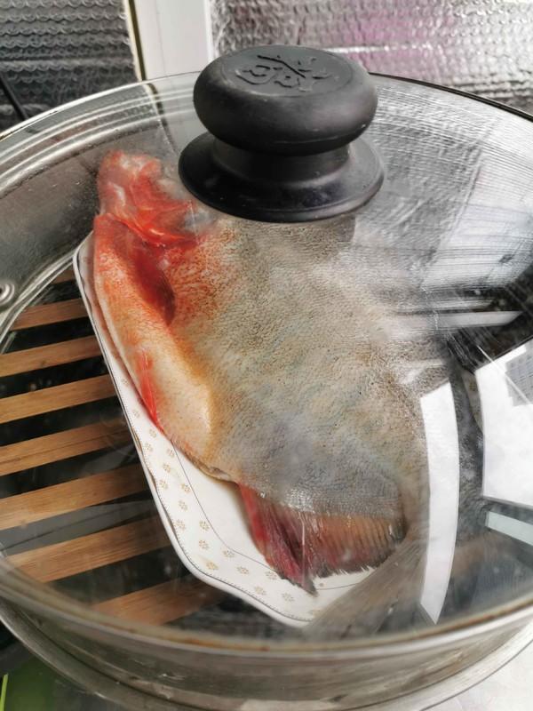 清蒸红石斑鱼的简单做法