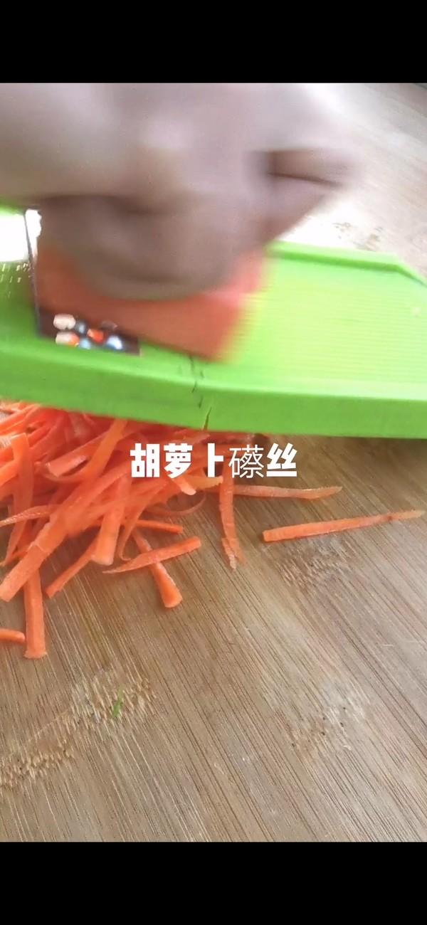 青萝卜丝鸡蛋饼的家常做法