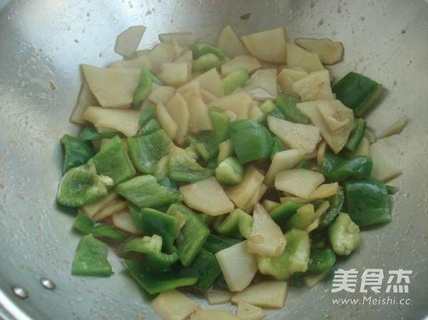 土豆片炒青椒怎么吃