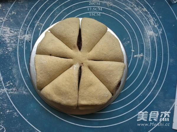 果酱花朵面包怎么煮