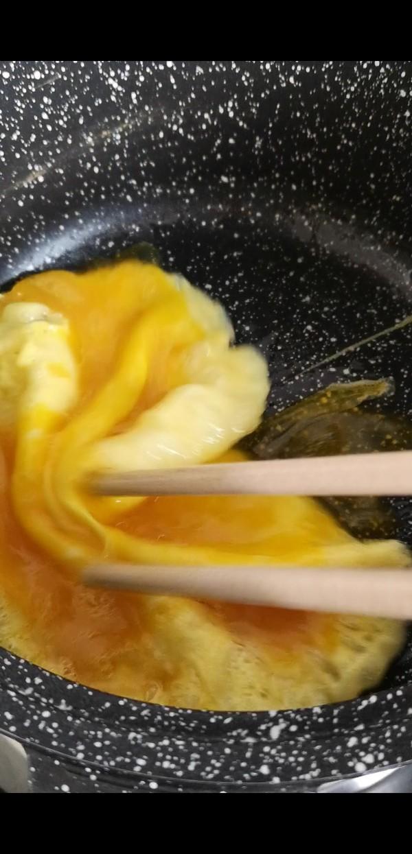 番茄鸡蛋年糕汤的简单做法