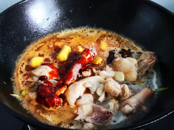 板栗炖鸡怎么吃