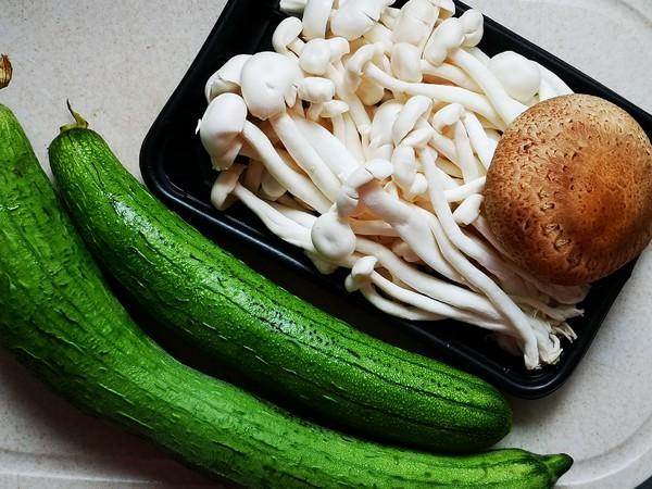丝瓜菌菇汤的做法大全