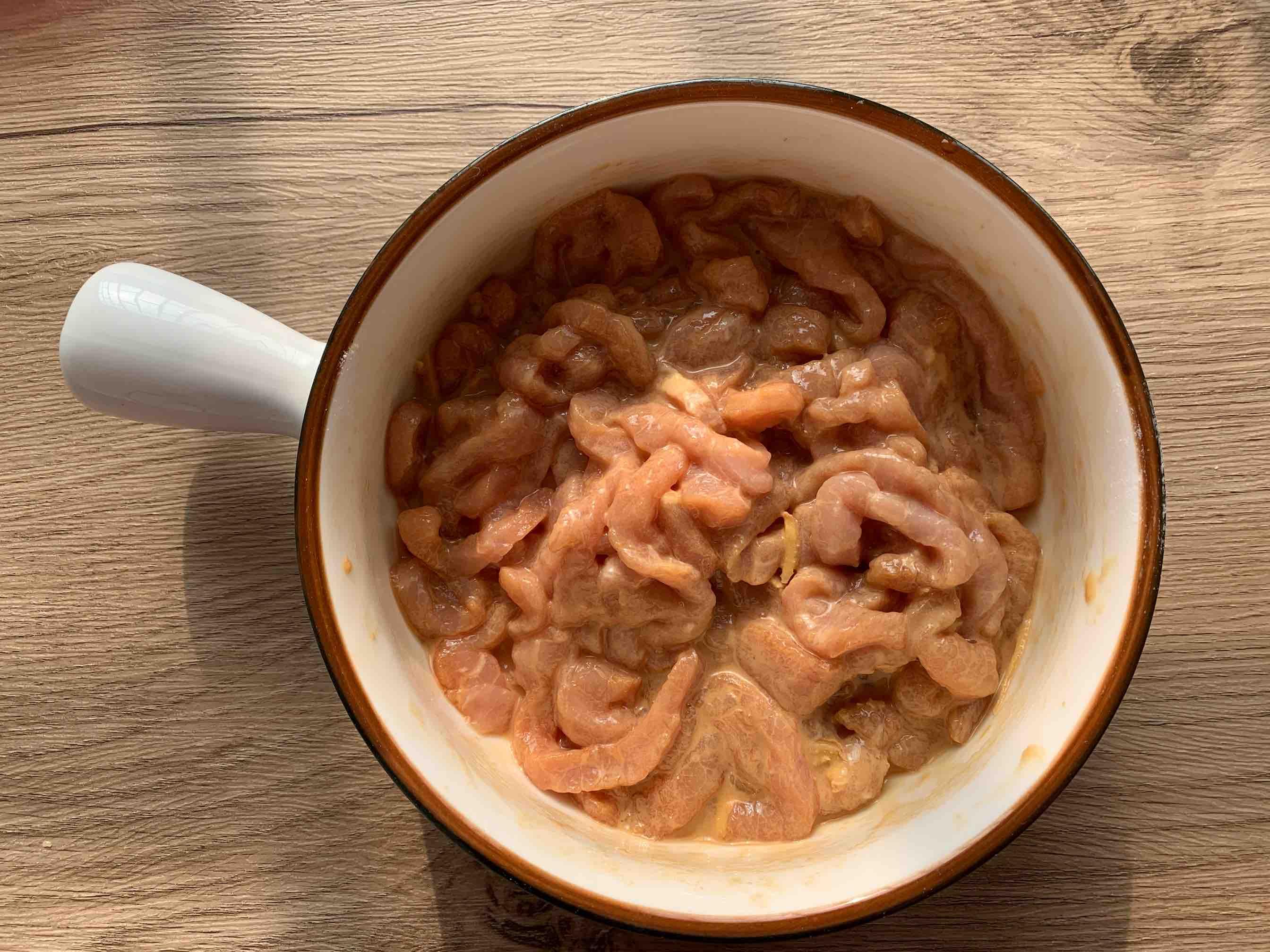 简简单单下饭菜:辣椒炒肉的家常做法