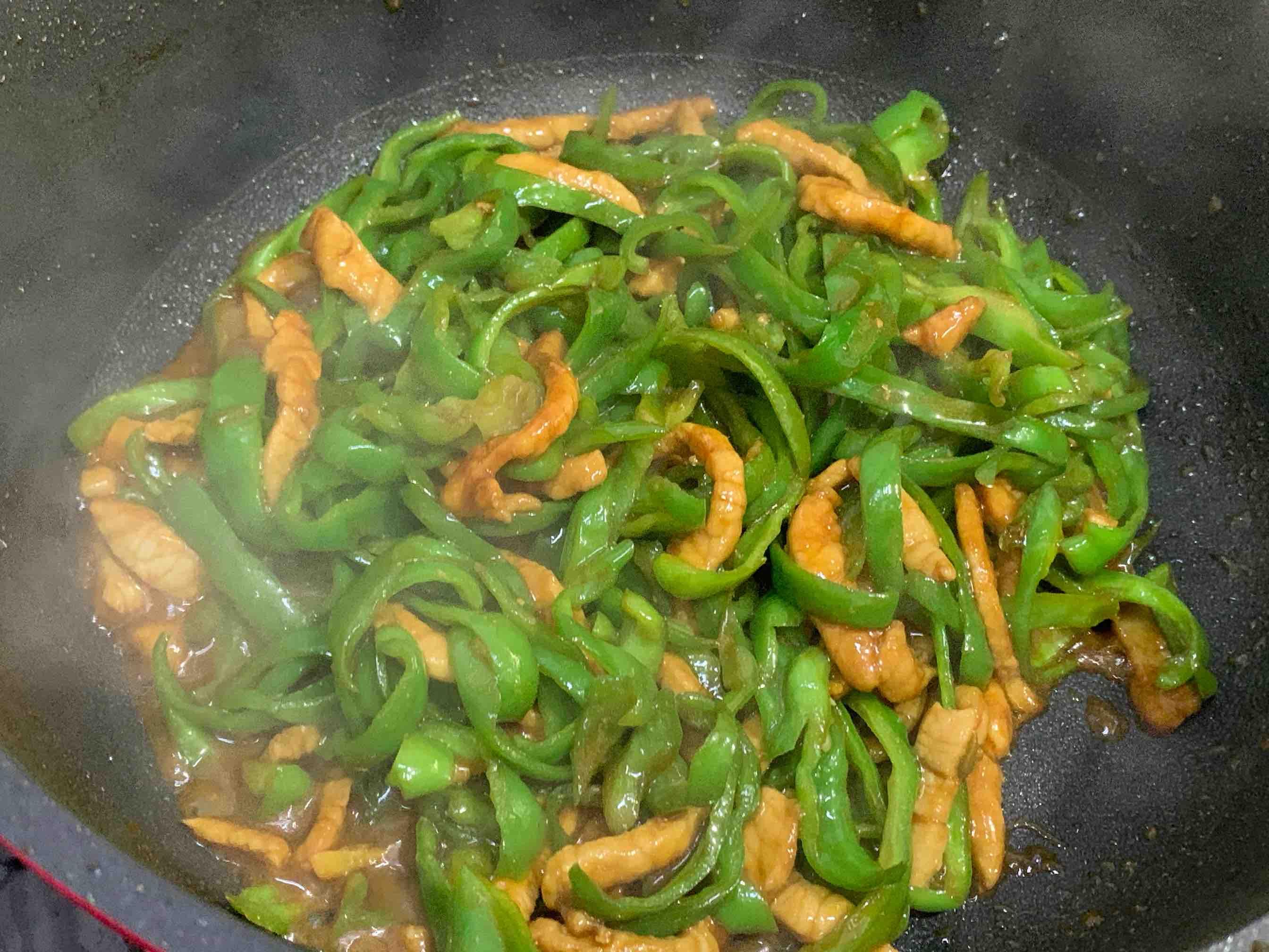 简简单单下饭菜:辣椒炒肉怎么做