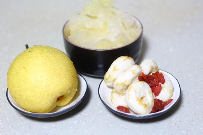 冰糖雪梨银耳荸荠汤的做法大全