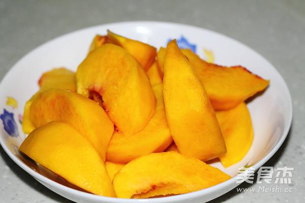 自制黄桃罐头的家常做法