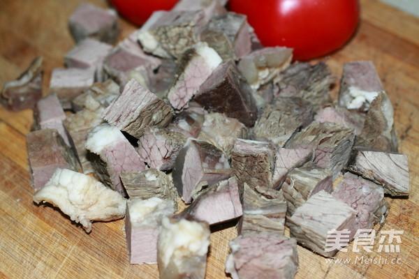 西红柿牛肉煲的家常做法