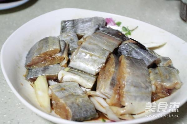 香酥带鱼的家常做法