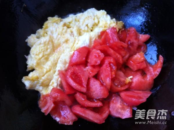 西红柿鸡蛋豆腐怎么炒