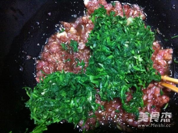 韭菜荠菜猪肉包子怎么炒