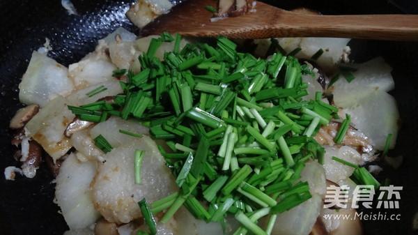 韭菜虾毛炒双冬怎么吃