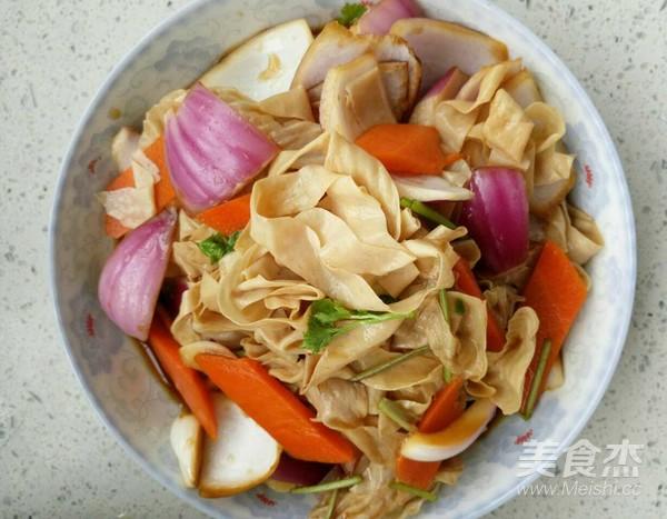 洋葱拌豆皮的简单做法