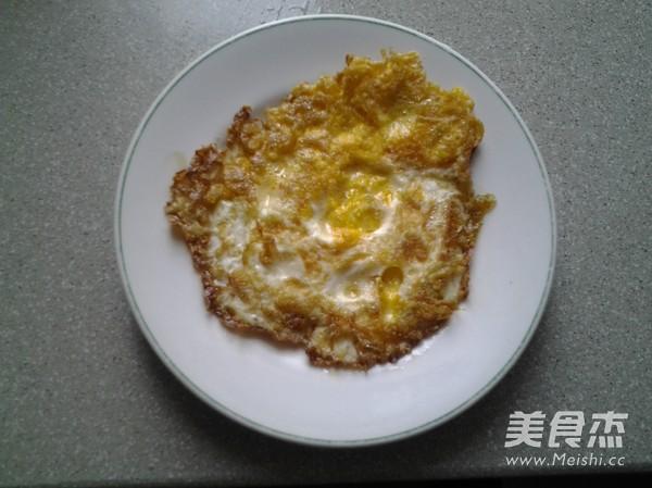 荷包蛋青菜肉丝面的简单做法