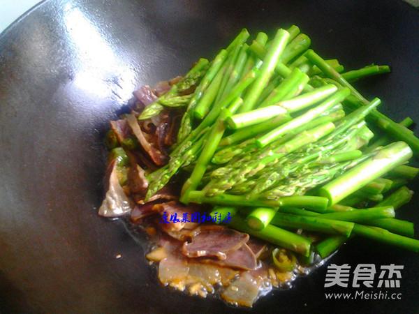 芦笋烩猪舌怎么炒