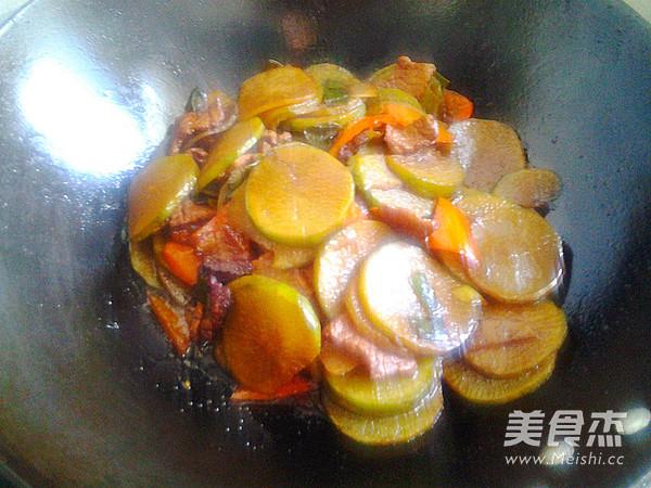 萝卜炒肉怎样做