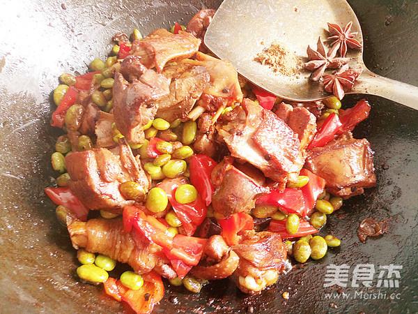 鸡肉烧豆子怎么炒