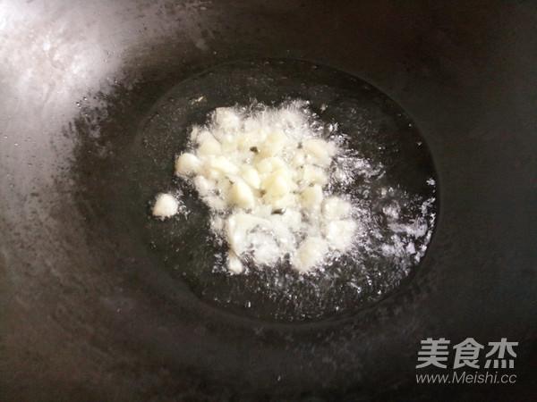 排骨炒青豆的简单做法