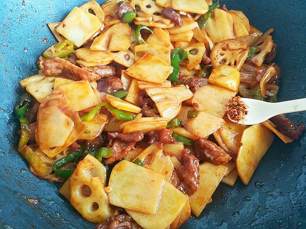 牛肉土豆炒藕片怎么做