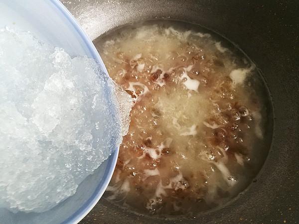 桃胶雪燕牛奶羹怎么吃