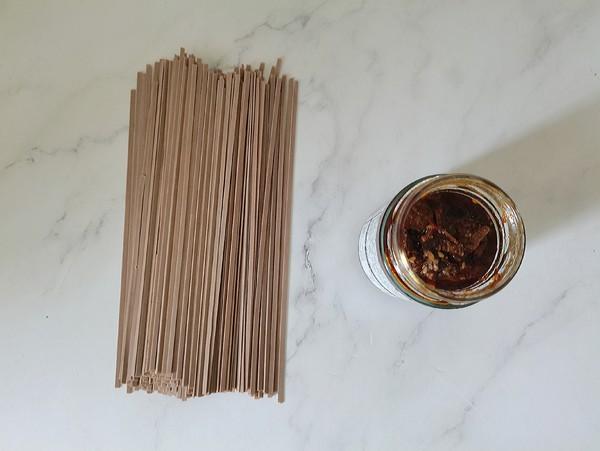 玉米牛肉酱荞麦面的做法大全