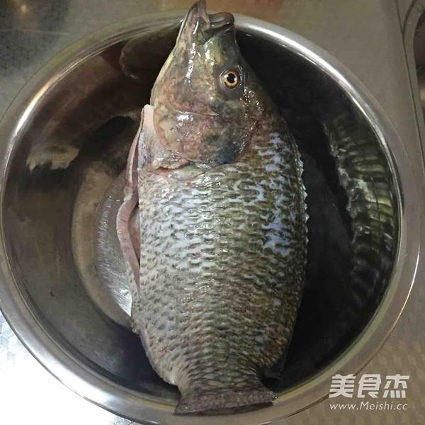 垮炖罗非鱼的做法大全