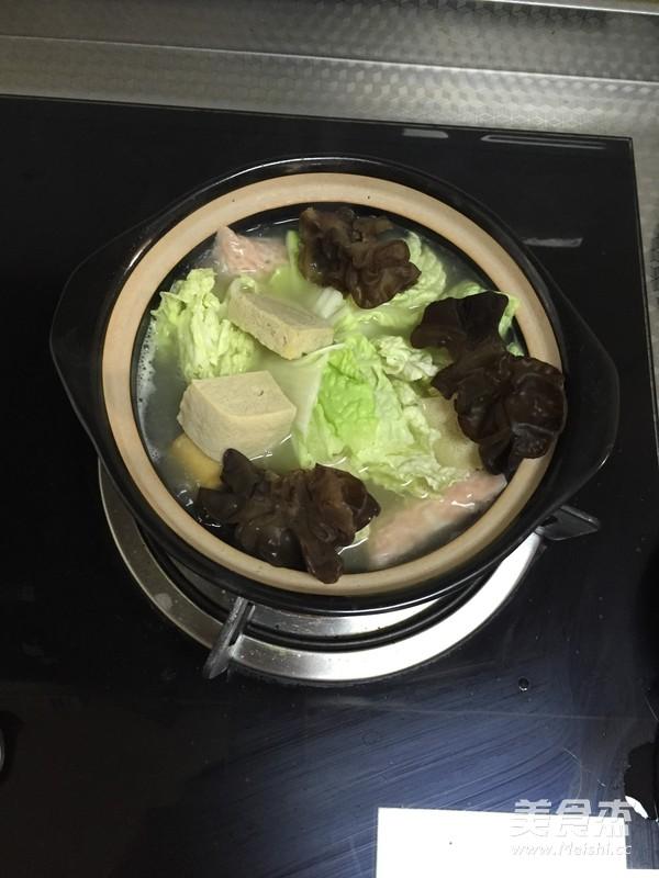 白菜粉丝小砂锅的简单做法