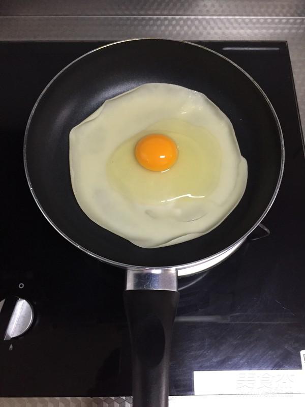 鸡蛋软饼的家常做法
