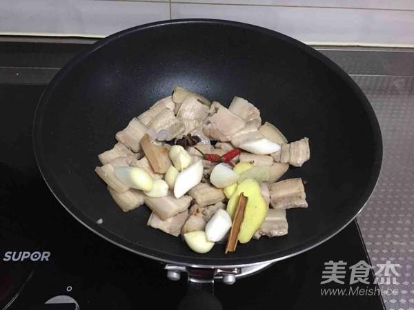 海鲜菇烧肉怎么吃