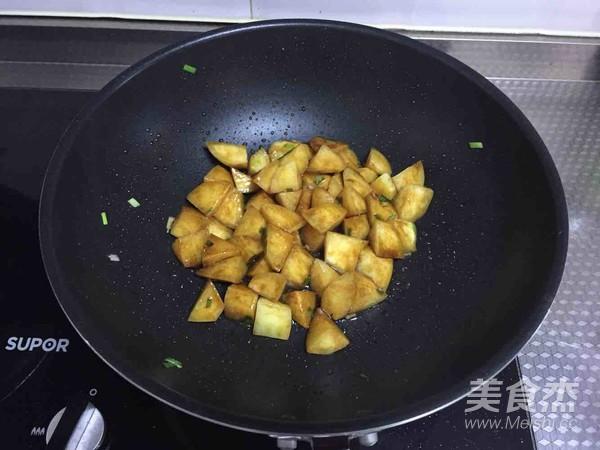 红烧土豆的简单做法