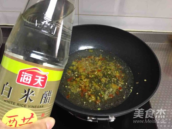 酸汤肥牛怎么煮
