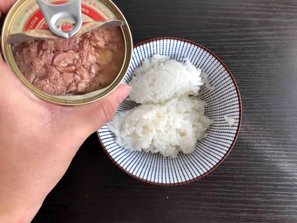 日式海苔饭团的家常做法