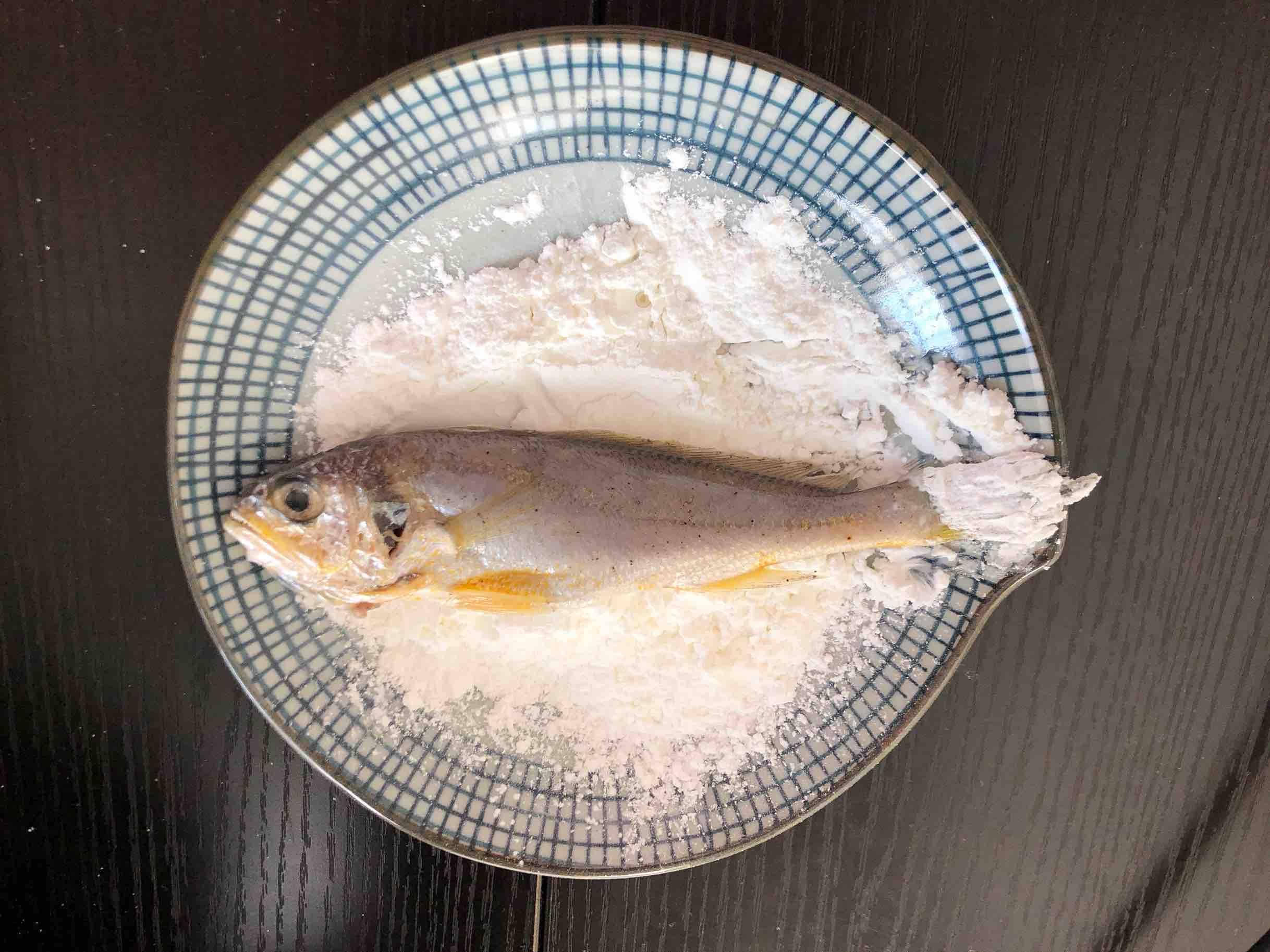 干炸小黄鱼的简单做法