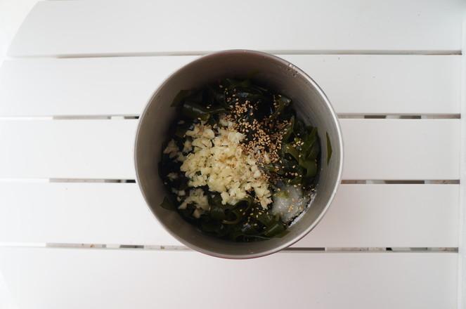 凉拌裙带菜怎么吃