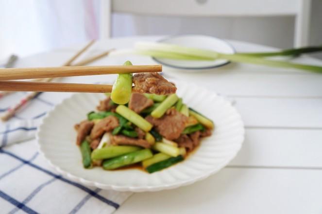 蒜苗炒肉怎么炒