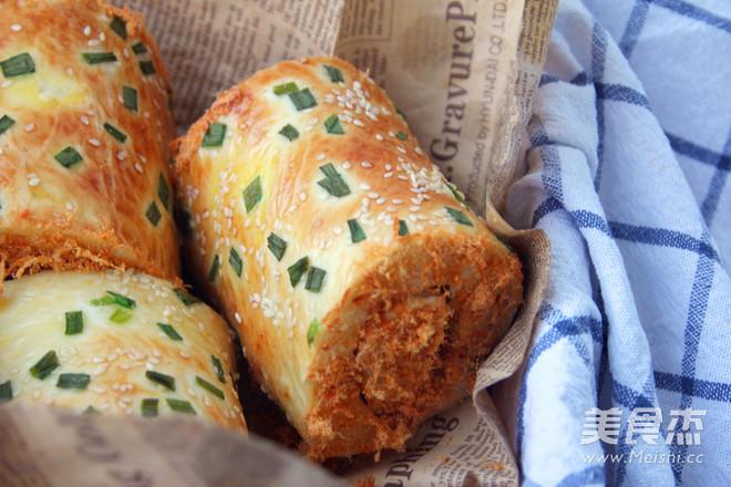 肉松面包卷成品图