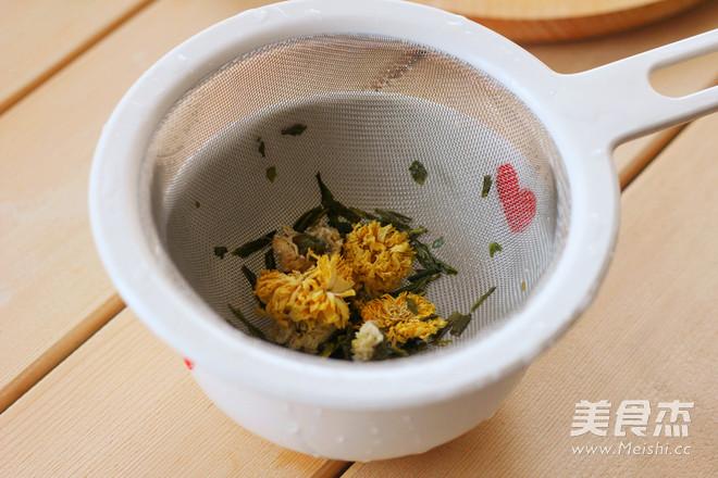 龙井八宝茶的家常做法
