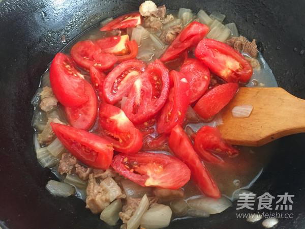 番茄炖牛肉怎样煮