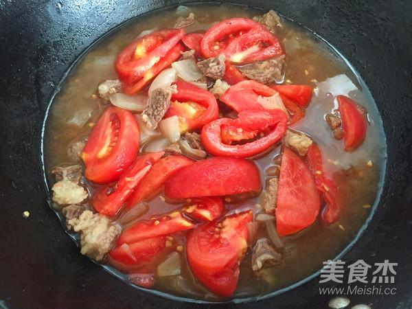 番茄炖牛肉怎样炖