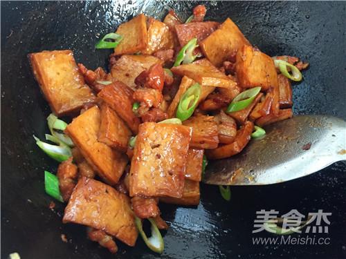 五花肉烧豆腐怎样煮
