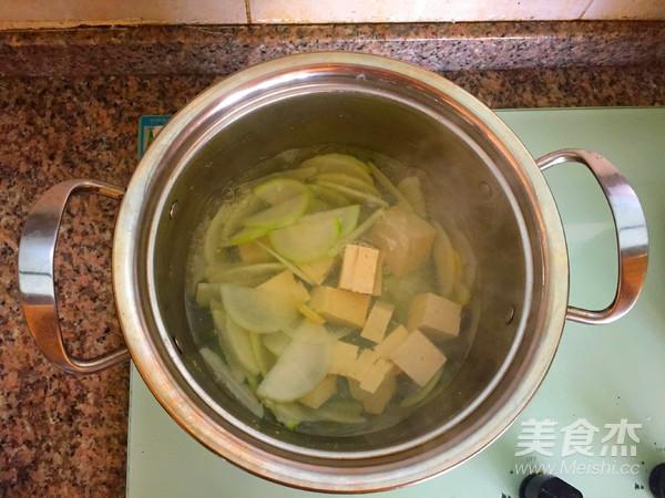 白萝卜豆腐汤怎么煮