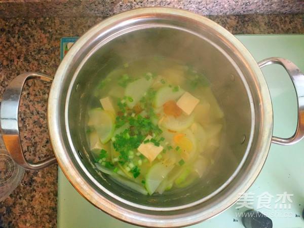 白萝卜豆腐汤怎样煸