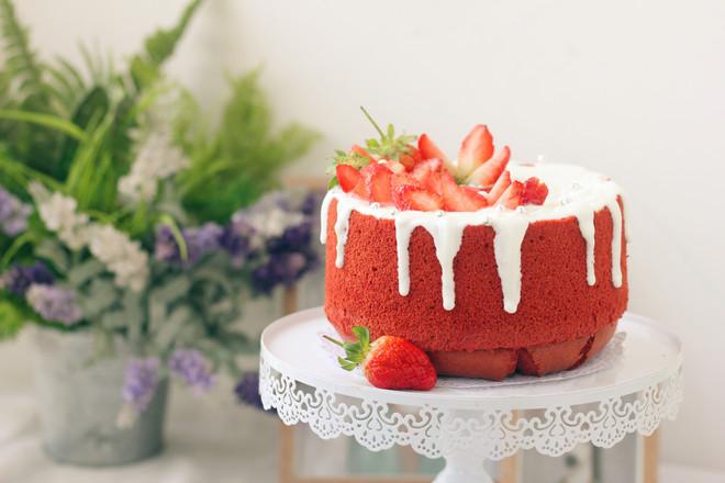 草莓酸奶红丝绒蛋糕的做法大全