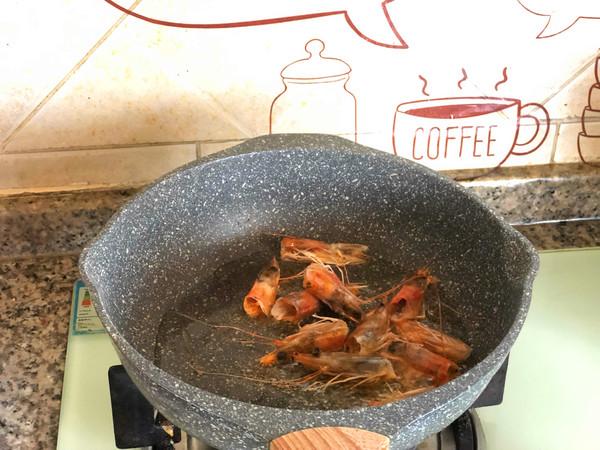鲜虾意面怎么炒