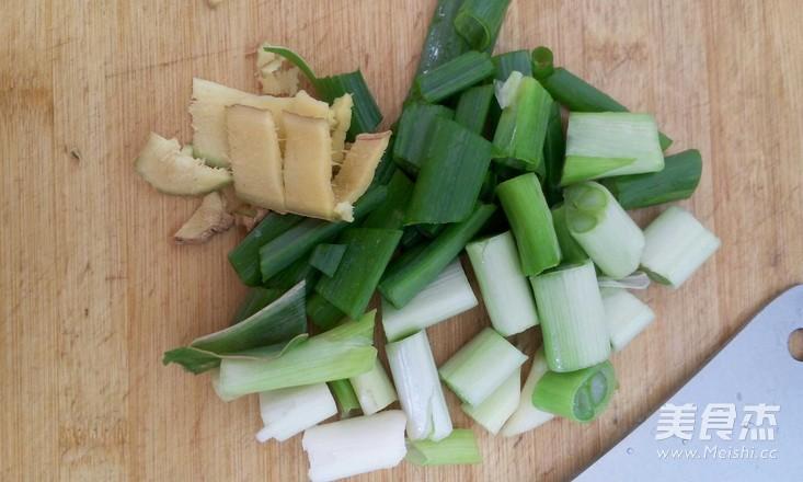 小白菜鲜肉馄饨的简单做法