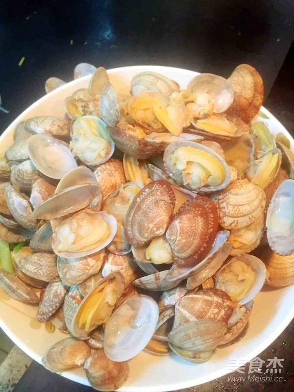 葱油花蛤的简单做法
