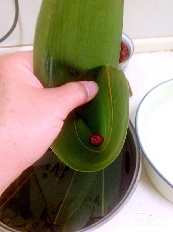 天津糯米粽子的家常做法