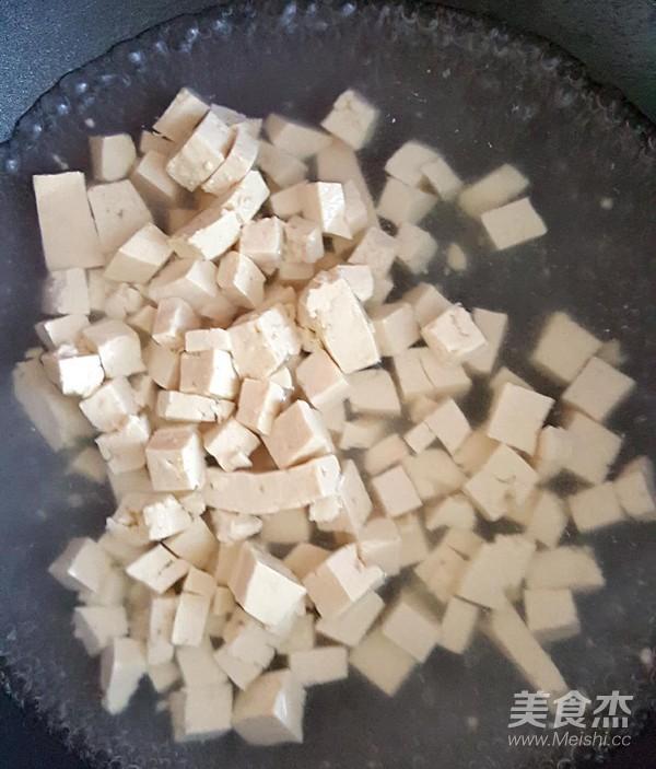 鸡刨豆腐的家常做法